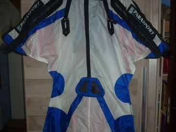 Sell: Wingsuits M