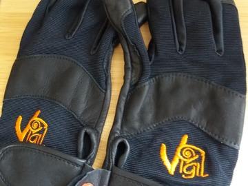 Verkaufen: Gants Vigil neufs taille S